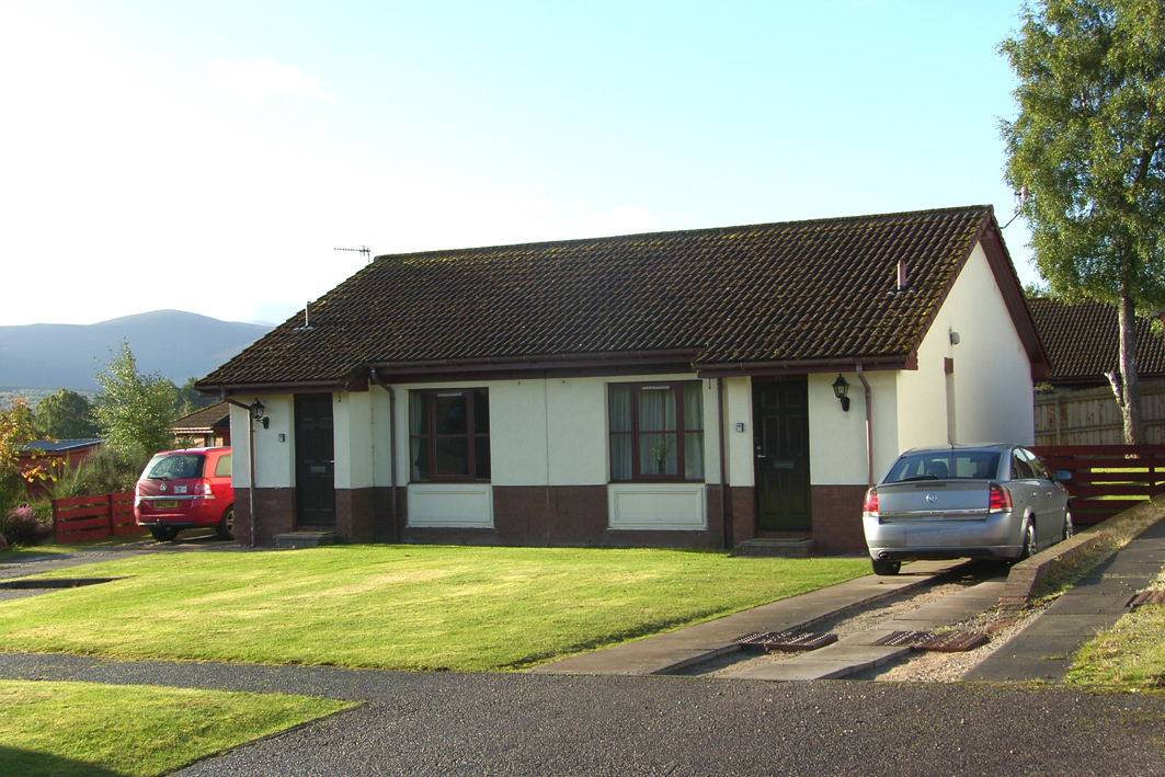 1 Bedroom Bungalow for sale in Aviemore, PH22 1TD